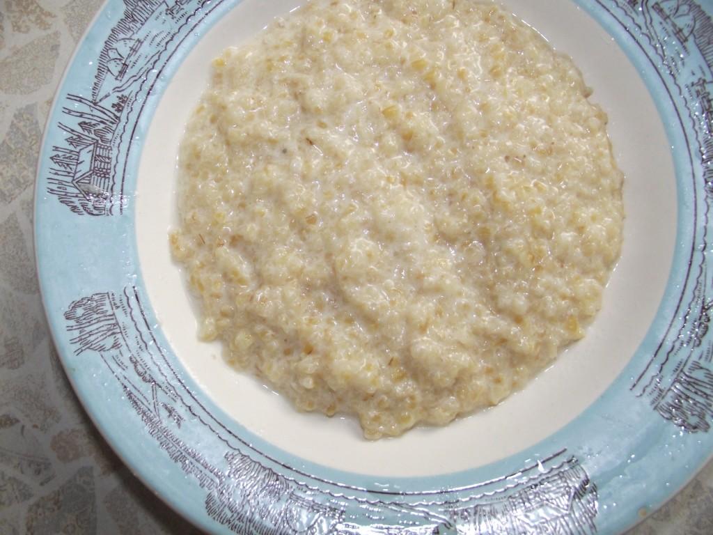 Приготовить кашу из пшеничной крупы на молоке