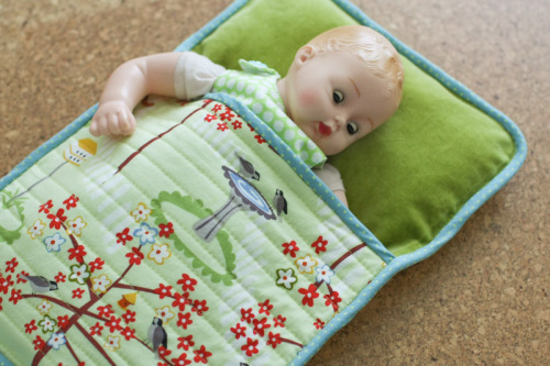 Спальный мешок для куклы своими руками