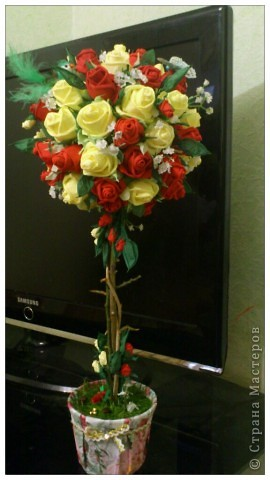 Дерево с розами своими руками
